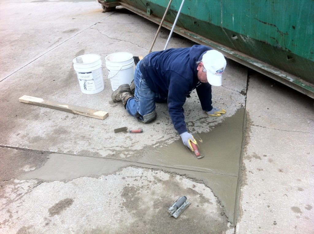concrete repair From concrete floors and slabs to poured foundations, our injection materials (available individually or in starter kits) provide a permanent repair to cracks in concrete.